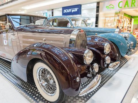 Značka Bugatti oslaví 110 let od svého založení výstavou historických vozů  v Galerii Vaňkovka. Zdroj  Archiv Vaňkovka bff6aecb05